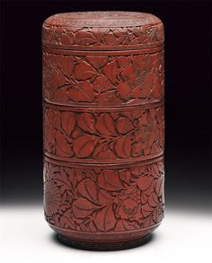 An important Cinnabar box and cover. Ming dynasty (1368-1644).
