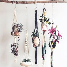 Come learn macrame in COPENHAGEN at a beautiful private residence  AND  LONDON at the @thehoxtonhotel  Link in profile to sign up!  The London class is going to be extra special with a full day of makers, special treats, and inspiring context. Plus you'll leave with a full wall hanging with Oregon Driftwood! In collaboration with these rad folks: @earlofeastlondon @sandowslondon @thepressery @rocoshop @rootedlondon @blueguypottery @londonteaclub