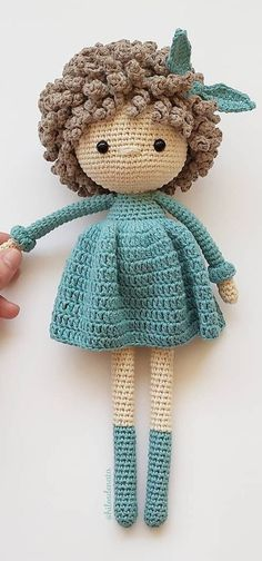 Ideas y patrones hermosos y asombrosos del patrón del ganchillo de Amigurumi Part 20 Source by rdhdwicks VEJA MAIS rdhdwicks., Ideas y patrones hermosos y asombrosos del patrón del ganchillo de Amigurumi Part # ✂❤ Crochet Easter, Crochet Teddy, Crochet Doll Pattern, Crochet Bunny, Crochet Patterns Amigurumi, Amigurumi Doll, Knitting Patterns, Free Crochet, Knitted Dolls
