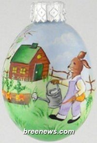 Miniature Egg Ornament From Patricia Breen (Easter, Spring)bunnies