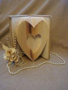 Varie - libro scultura - un prodotto unico di Margherita894 su DaWanda Container, Etsy, Fantasy