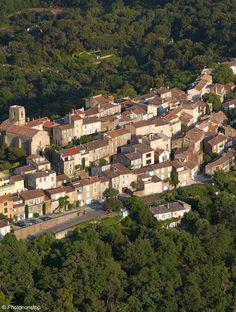 Village de Gassin dans le Var