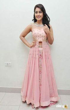 23 Ideas for skirt ideas indian - Designer Dresses Couture Indian Fashion Dresses, Indian Gowns Dresses, Indian Bridal Fashion, Dress Indian Style, Indian Designer Outfits, Indian Wedding Outfits, Indian Outfits, Indian Skirt, Indian Clothes