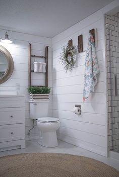 158 ideas for relax rustic farmhouse bathroom design - page 28 Bathroom Renos, Basement Bathroom, Bathroom Renovations, Bathroom Furniture, Bathroom Ideas, Bathroom Makeovers, Bathroom Interior, Bathroom Organization, Shiplap Bathroom