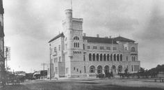 "1898 - The federal courthouse and the ""new"" post office. It opened in but was replaced by the existing federal building in Texas History, Local History, Old Post Office, Living In Arizona, San Antonio, Past, Old Things, Small Tattoo, Tie Knots"