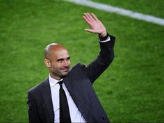 Head coach Josep Guardiola of FC Barcelona acknowledge the fans at the end of the La Liga match between FC Barcelona and RCD Espanyol at Camp Nou on May 2012 in Barcelona, Spain. Mls Soccer, Soccer News, Football Soccer, Pep Guardiola, Barcelona Fc, Barcelona Training, Mary Lou Retton, Rcd Espanyol, Kenny Dalglish