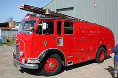 50s Appliances   1950 Commer Avenger Fire Appliance
