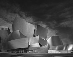 Frank Gehry. Guggenheim. Bilbao, Spain