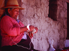 Aymara woman - Atacama desert, Chile Chile, In Patagonia, Colonial Architecture, Bolivia, Fashion History, South America, Knits, Faces, Culture