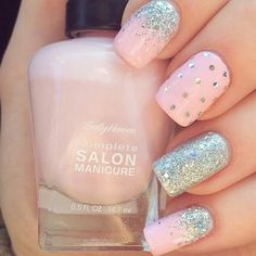 Pale Pink and Silver Glitter Nails #Prettynails #nailart