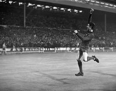 Brian Kidd's goal in the 1968 European Cup final came on his 19th birthday.