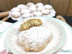 Wir haben vegane Plätzchen gebacken. Mein Sohn nennt sie Schnee-Schnüppchen <3 Weihnachtskekse ohne Ei. Mit Anleitung für eine Keksbox zum Verschenken!