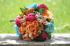 Wedding Flowers, Wedding Bouquet, Keepsake Bouquet. I'm loving the whimsical look of this bouquet...