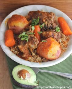 Guiso de Cola (Oxtail Stew) From: My Colombian Recipes By Erica D Colombian Dishes, My Colombian Recipes, Colombian Food, Oxtail Stew, Oxtail Recipes, Indian Food Recipes, Ethnic Recipes, Cuban Recipes, Healthy Recipes