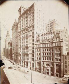 Broadway between Beaver Street and Exchange Place, from the collection of the museum of the city of New York