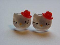 Red Hat Kitty Stud Earrings        655 by ritascraftsandmore on Etsy