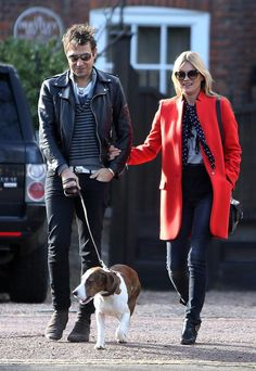 The red coats are coming! See how Kate Moss wears hers @voguemagazine http://www.vogue.com/12039596/kate-moss-jamie-hince-celebrity-style/ …