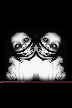 Just in case you're in the need for some good ole nightmare fuel these short scary stories will do just that. Creepy Faces, Creepy Art, Arte Horror, Horror Art, Short Scary Stories, Arte Cyberpunk, Creepy Pictures, Scary Photos, Afraid Of The Dark