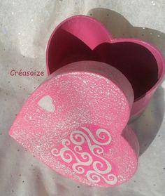 Boite coeur rose fuchsia déco argentée romantique ... ♥ : Presentoir, boîtes par creasoize