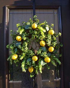 ZsaZsa Bellagio: wreaths