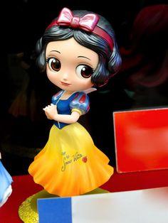 Set 2 Q Posket Special Coloring Ver Alicia y Blancanieves Walt Disney, Disney Toys, Cute Disney, Clay Projects, Clay Crafts, Chibi Characters, Disney Characters, Esmeralda Disney, Barbie Chelsea Doll