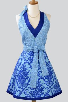 Love how the dark blue neckline matches the trim at the bottom.