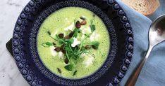 Grön ärtsoppa med mynta och pumpafrön   Recept från Köket.se