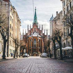 Riga (Letonia), Fácil de viajar desde Lituania