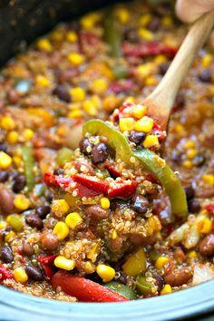 Slow Cooker Southwestern Fajita Quinoa