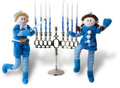 Hanukkah (or Advent) Calendar Ideas - Creating Family Traditions. Elf on the shelf Shlomo style Diy Hanukkah, Jewish Hanukkah, How To Celebrate Hanukkah, Christmas Hanukkah, Hannukah, Happy Hanukkah, Hanukkah Traditions, Family Traditions, Holiday Crafts