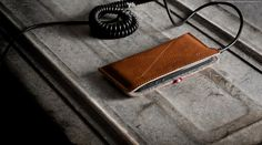 A Sleek and Masculine iPhone Fold Wallet