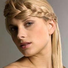 Trenzas innovadoras!!! Que te harán sentir más segura de ti misma...#mujer #moda #estilo #bellezaviral