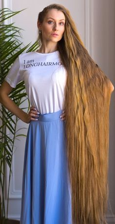 Long, beautiful, thick and silky hair is what we stand for. Down Hairstyles, Girl Hairstyles, Long Hair Models, Rapunzel Hair, Beautiful Long Hair, Simply Beautiful, Long Hair Video, Very Long Hair, Silky Hair
