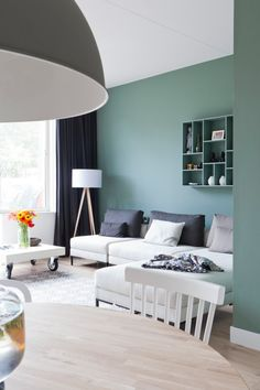 This is a incredible design inspiration to decorate your dining room space! Such a fabulous idea and inspirational to inspire you for your design projects or for your own dining room space! Home Living Room, Living Room Decor, Sage Green Walls, Green Sofa, Green Painted Walls, White Walls, Living Room Inspiration, Design Inspiration, Bedroom Colors