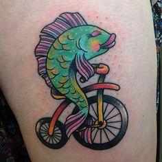 Tatuagem Direito das Mulheres | Peixe Bicicleta Irina Dunn