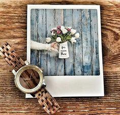 Model hodiniek JENNI je vyrobený z najlepšieho dreva Zebrano a vyzerá skvelo za každých okolností. Štýlovo pozdvihne každý váš ležérny či elegantný outfit o úroveň vyššie. Vďaka kryštálom Swarovski a pozlatenému puzdru z chirurgickej ocele vyzerá skutočne výborne a noblesne. Wood Watch, Modeling, Swarovski, Watches, Accessories, Outfit, Wooden Clock, Outfits, Modeling Photography