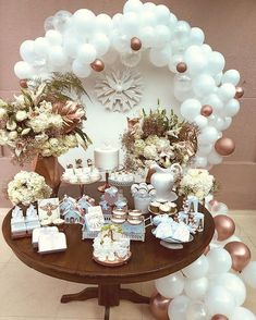 Balloon Decorations, Table Decorations, Communion Decorations, Baby Girl Shower Themes, Baby Shower Balloons, First Communion, Holiday Parties, Party Themes, Bridal Shower