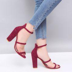1040 mejores imágenes de Amo los zapatos en 2019  0e4204859032