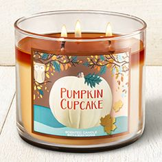 Pumpkin Cupcake Candle - Home Fragrance 1037181 - Bath & Body Works Bath Candles, 3 Wick Candles, Scented Candles, Candle Jars, Essential Oil Candles, Natural Essential Oils, Bath N Body Works, Bath And Body, Aromatherapy Candles