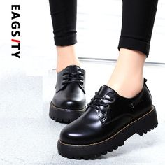 24.12$  Watch now - http://ali6en.shopchina.info/go.php?t=32589356745 - Spring autumn fashion women oxford casual shoes solid lace up round toe leisure platform shoes sewing thick sole black red   #SHOPPING