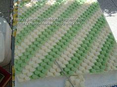 Croché da Dodo: mantinha verde e branca