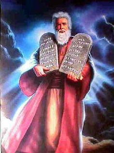 Moisés e os 10 mandamentos.