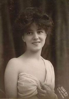 Otto Sarony, Portrait of Evelyn Nesbit, 1902 Vintage Glamour, Vintage Girls, Vintage Beauty, Evelyn Nesbit, Photo Portrait, Gibson Girl, Brigitte Bardot, Timeless Beauty, Vintage Pictures
