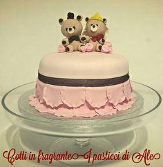 Little married bears cake!