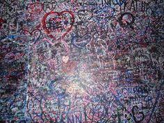 lovers wall, verona