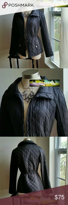 GIACCA.....GORGEOUS ZIPPER ...LONG JACKET. .... ...ADDING INFO SOON...EXCELLENT CONDITION  ...LIKE NEW...NO FLAWS... ...DIAMOND SHAPE ...PATTERN . ...LIGHT PUFFER STYLE...TIE INSIDE FRONT / ZIPPER. ....A MUST HAVEEEE...COMFORTABLE GIACCA Jackets & Coats Blazers