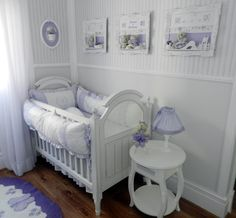 Love that crib and table set!