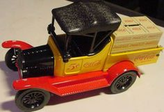 DIECAST-COKE-COCA-COLA-BOTTLE-CRATE-FORD-TRUCK-BANK-1918-Runabout-Model-T-NIB