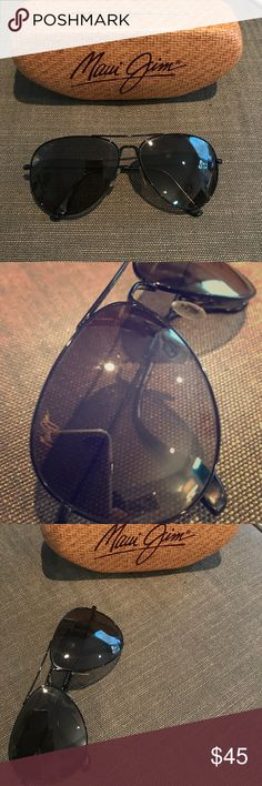 Maui Jim Black Aviators Polarized Maui Jim Aviators in black gloss. Used one summer and have a small scuff on the left upper lens that could be easily buffed out.  https://www.mauijim.com/en/shop/sunglasses/aviators/mavericks Maui Jim Accessories Sunglasses
