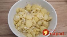 This creamy Austrian potato salad is a staple food from Vienna. Try this with a Wiener Schnitzel! Austrian Potato Salad, Wiener Schnitzel, Goulash, Food Staples, Food Pictures, Salad Recipes, Macaroni And Cheese, Serving Bowls, Spicy